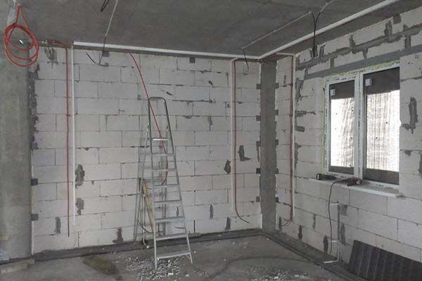 электромонтажные работы в доме фото