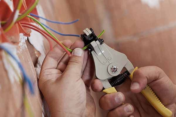 зачистка провода фото