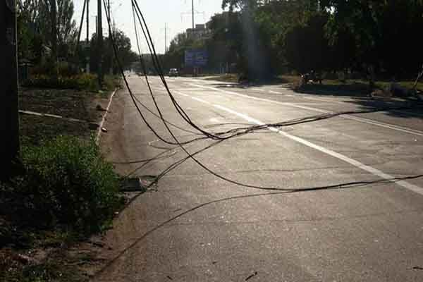падение линии электропередач